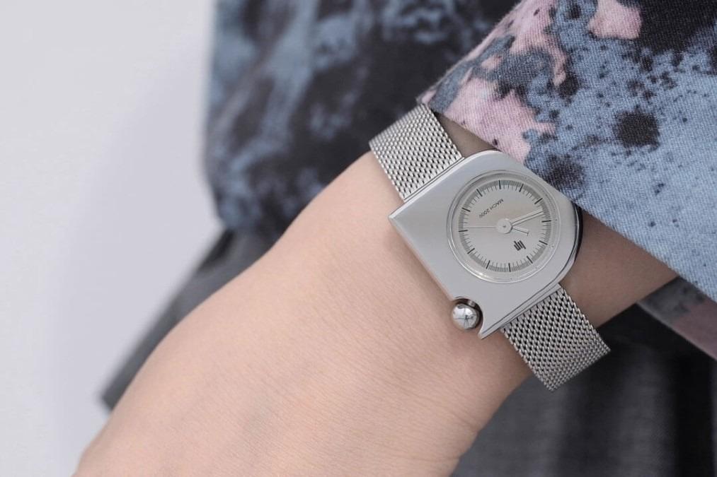 LIP MACH mini 腕時計