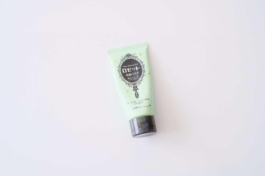 洗顔フォームといえばコレ。プチプラで使いやすいロゼットの『洗顔パスタ 海泥スムース』