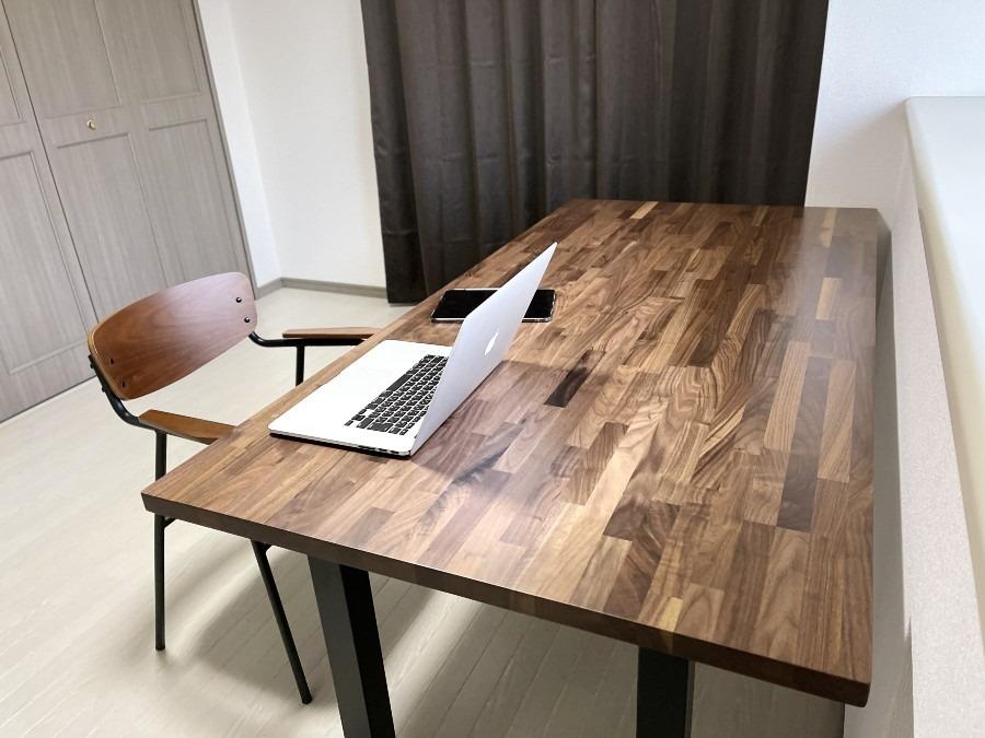 Wooden JAPAN 匠一松 ウォールナットの天板とアイアン脚のダイニングテーブル