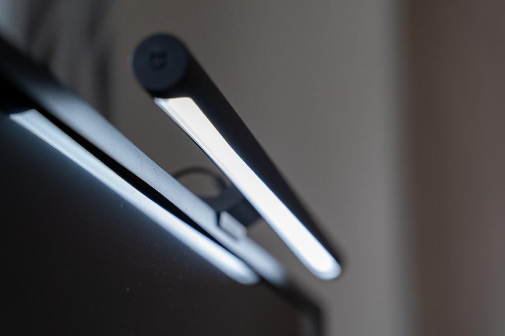 【5000円以下】Xiaomi(シャオミ)のモニターライト購入方法と長期使用レビュー【スクリーンバーライト】