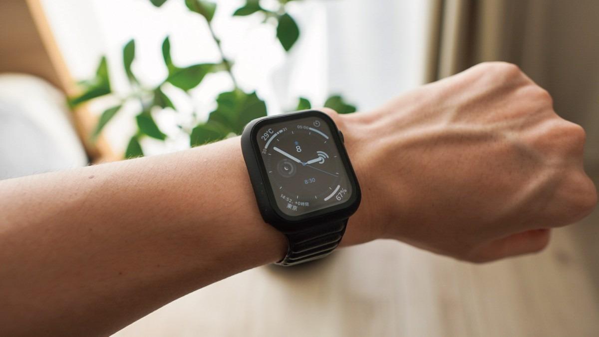 Apple Watchに保護ケース